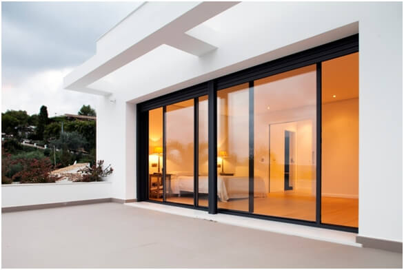 Sliding folding aluminium doors