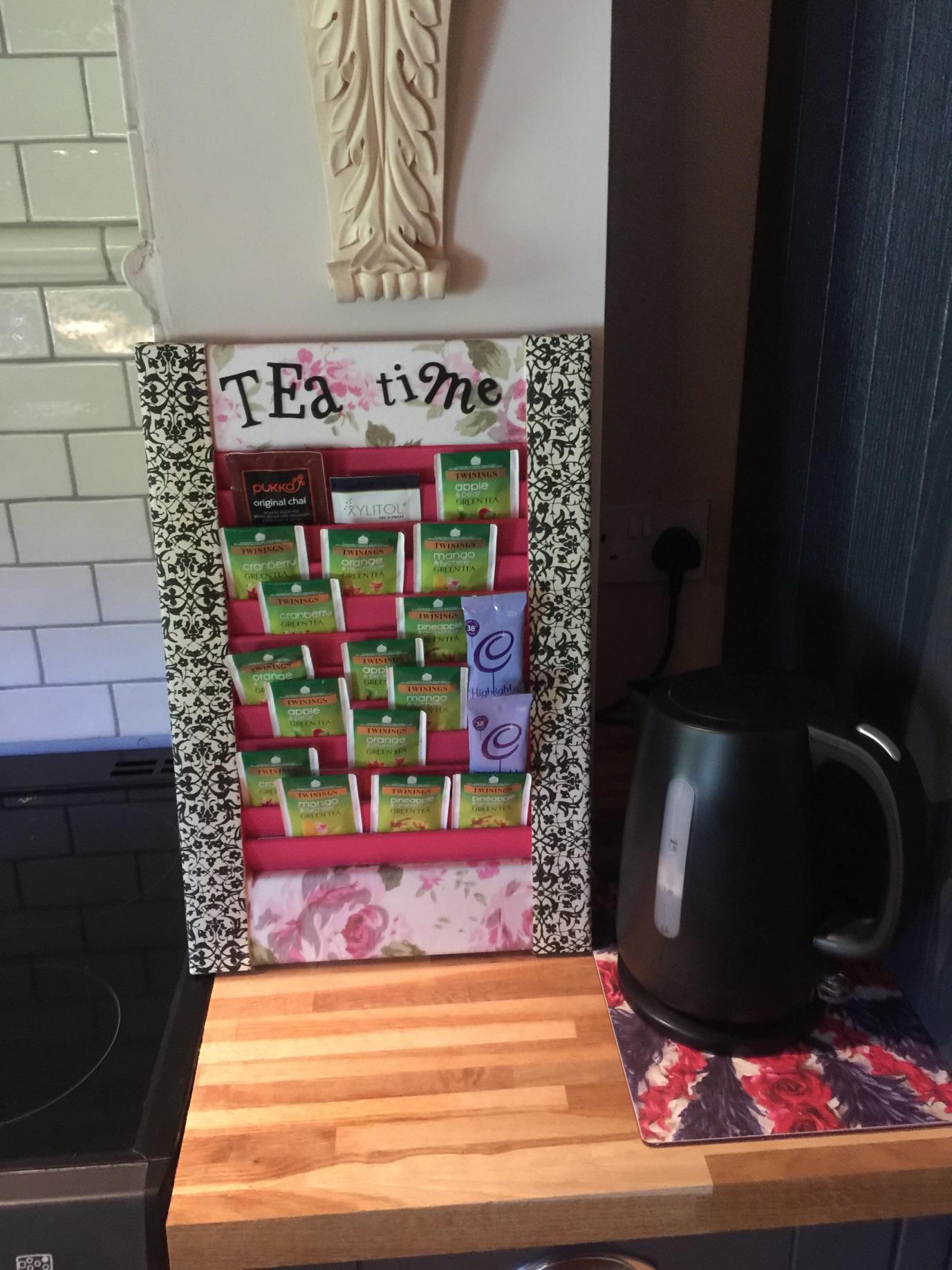 tea caddy 2
